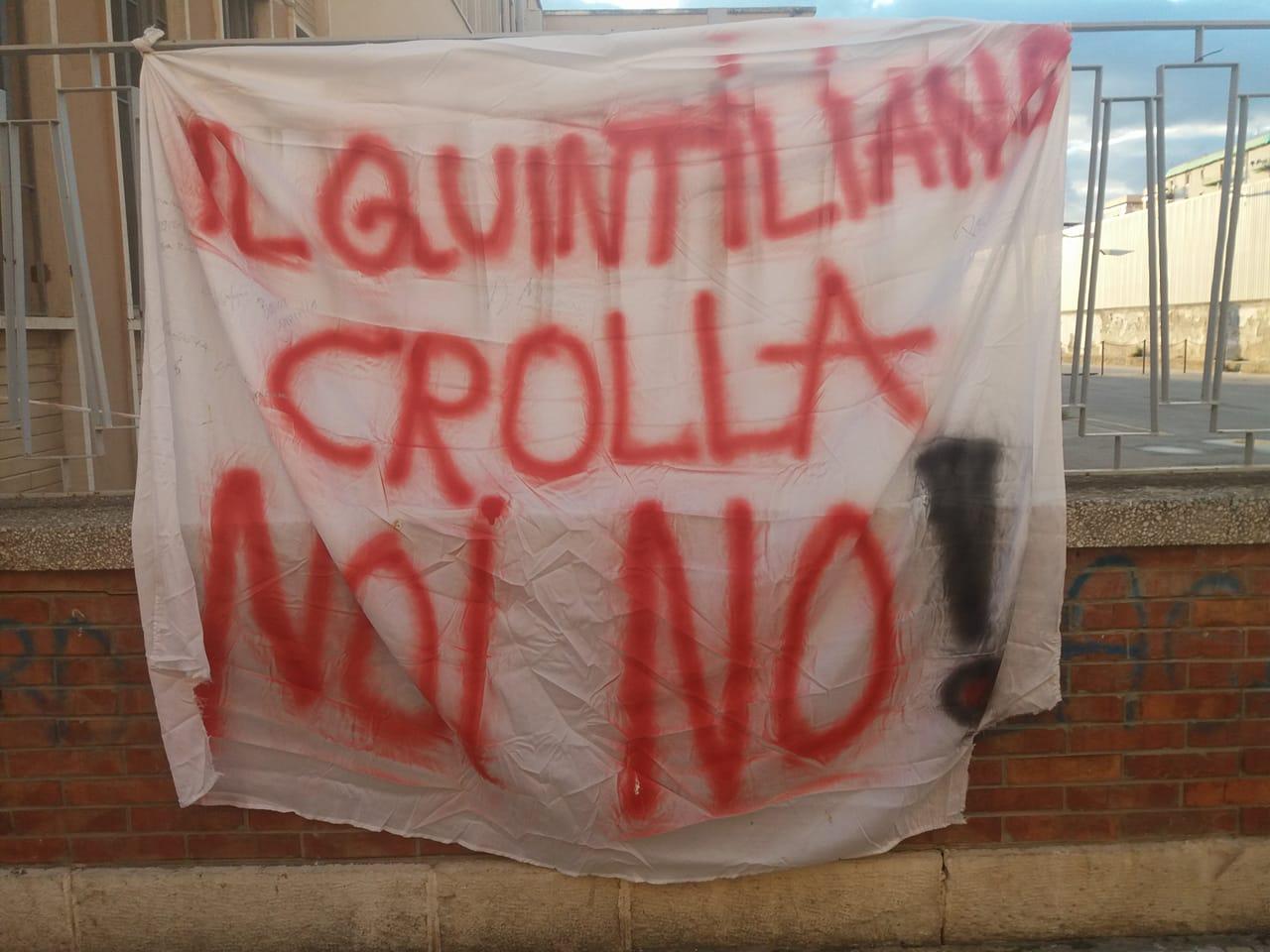 Siracusa, si staccano calcinacci al liceo Quintiliano Ferite due studenti: «Nostre scuole non sono sicure»