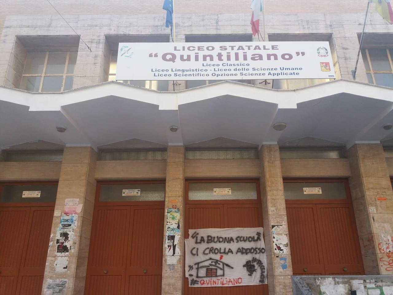 Siracusa, secondo giorno di protesta all'Istituto Quintiliano