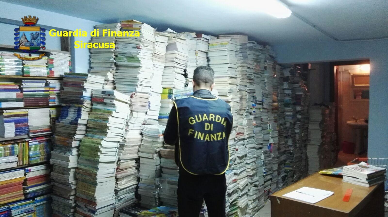 Testi scolastici illegali in libreria di Augusta: scatta sequestro della Gdf