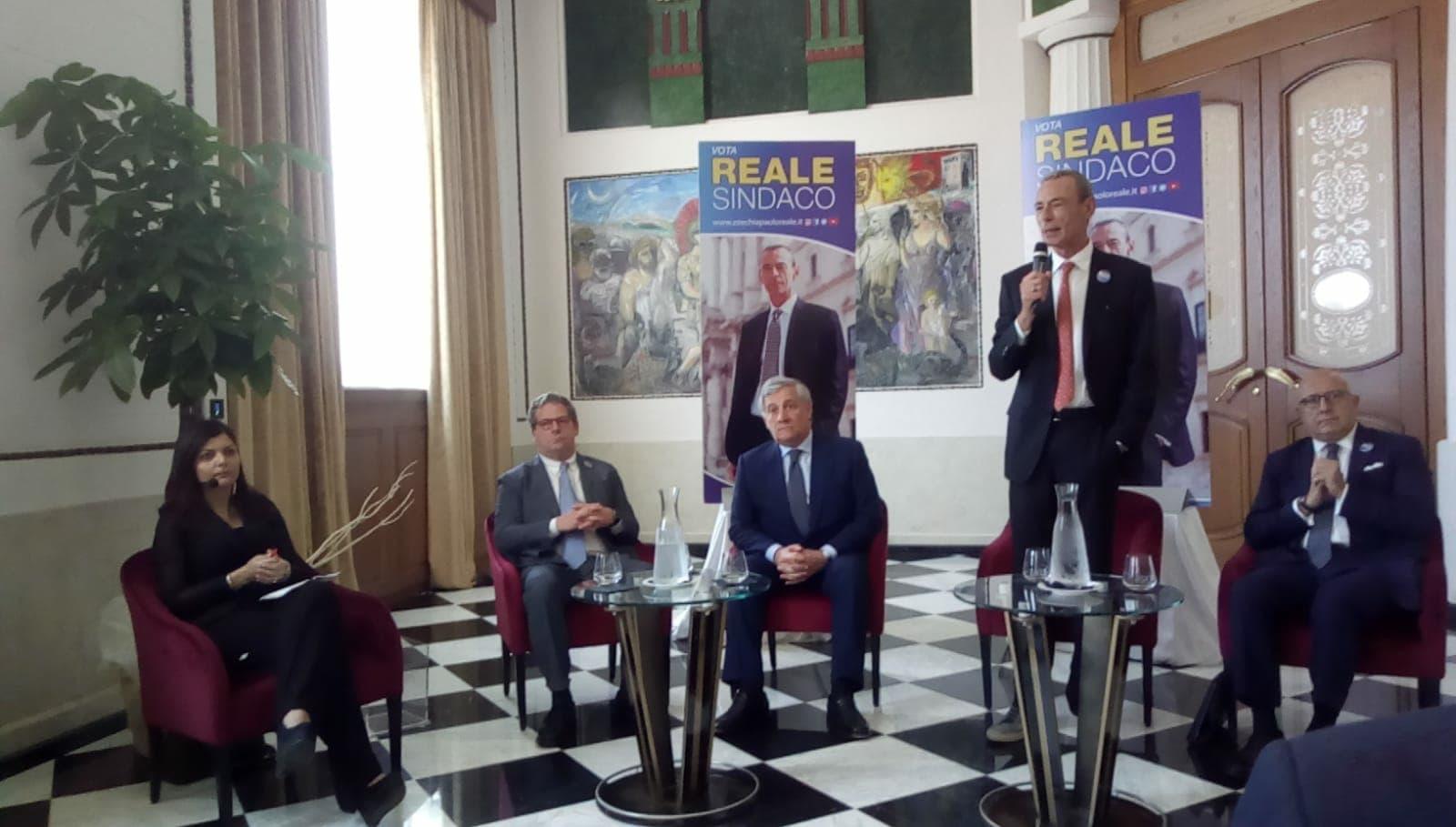 Giornata di incontri importanti ieri per ezechia paolo for Parlamento ieri